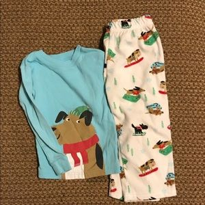 Adorable Winter/ Christmas Pajamas! Carter's 2T